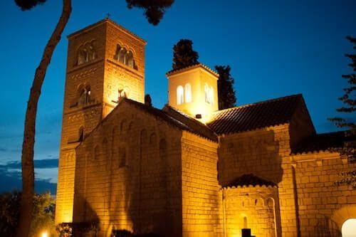 visita nocturna Poble Espanyol