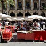 mercat dominical Plaça Reial