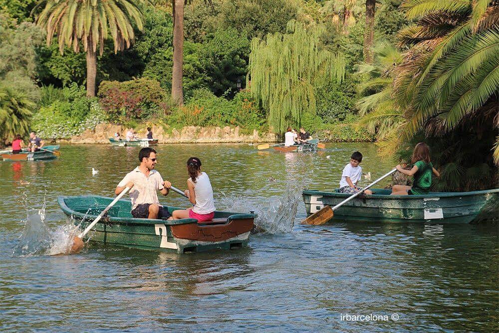 diversió barques Parc Ciutadella