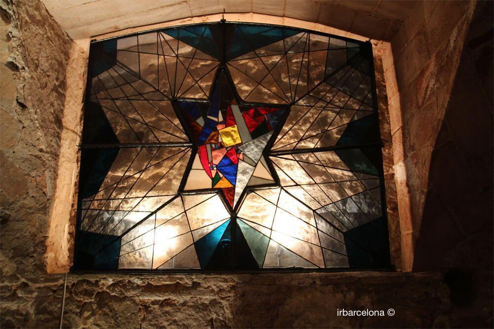vitrall amb l'Estrella de David