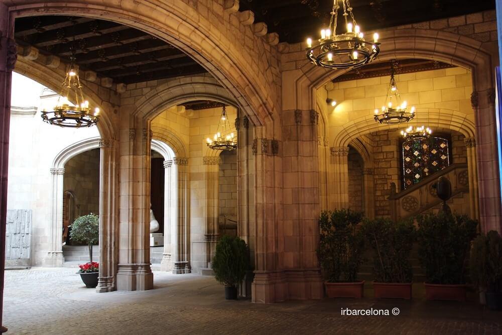 pati Ajuntament Barcelona